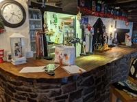 pictuesque thatched village pub - 2