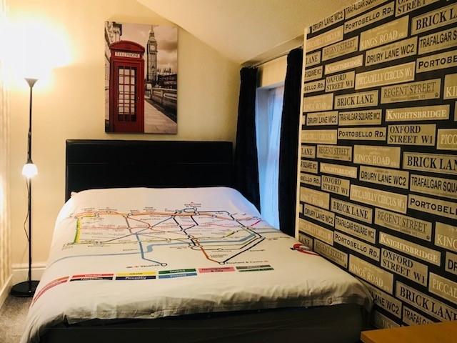 bedroom licensed hotel blackpool - 4