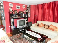 beautiful freehold guest house - 3