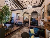 well established bar restaurant - 2