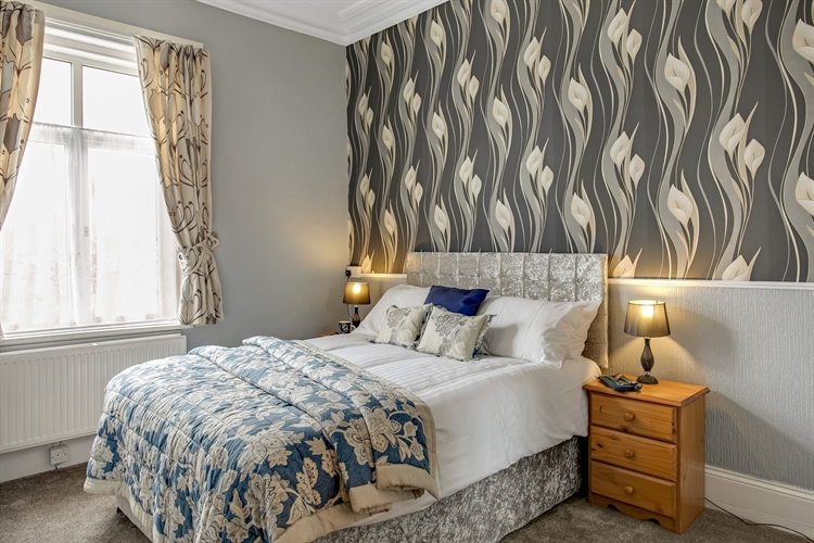 refurbished guest house tremendous - 5