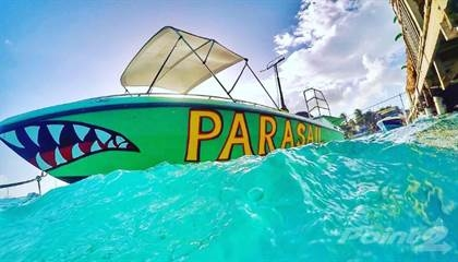 successful parasailing - 6