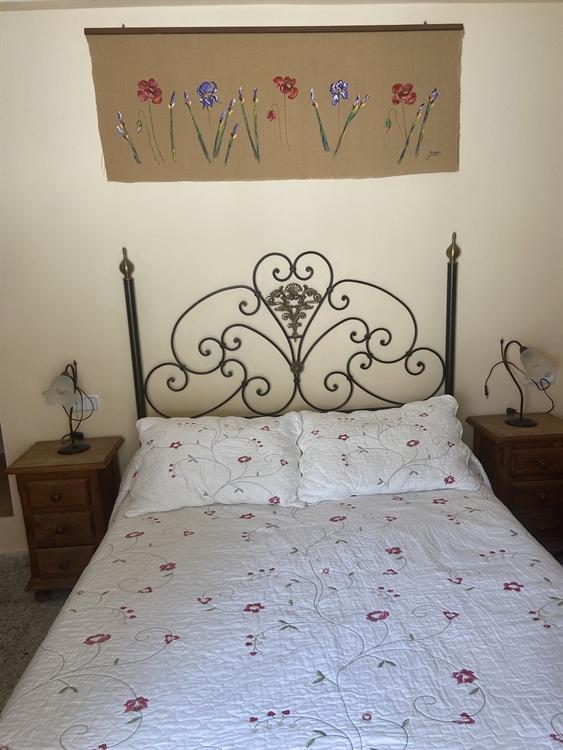long established three bedroom - 10