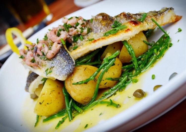 fantastic fish chip shop - 4