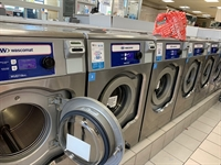 local laundromat kings county - 1
