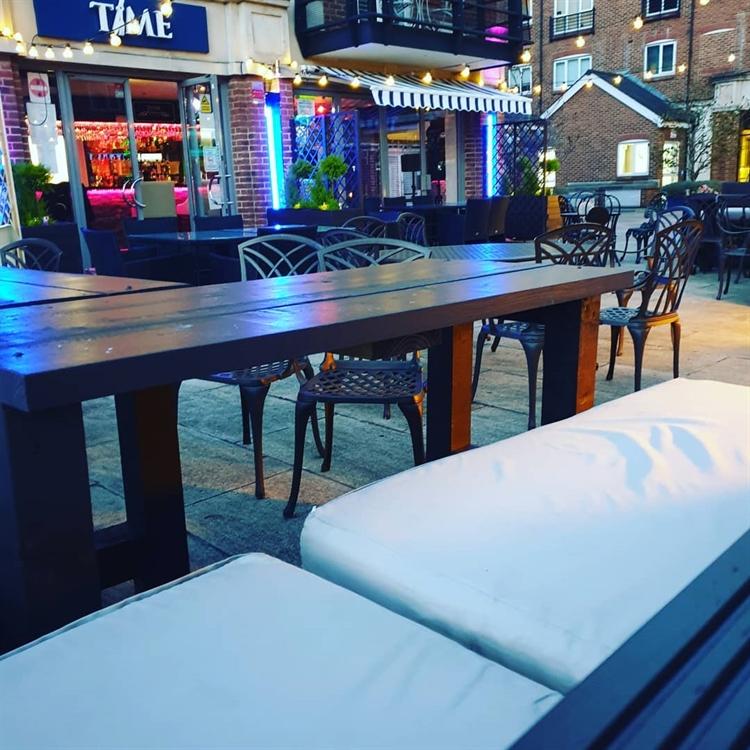 riverside bistro bar brentford - 5