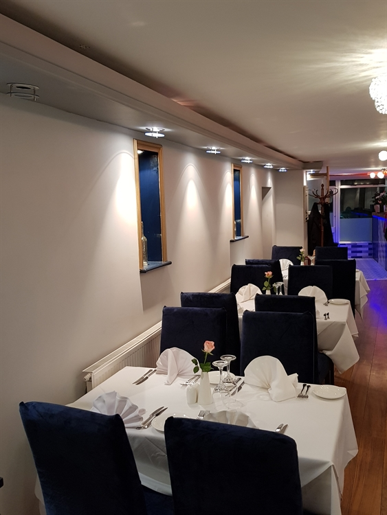 modern restaurant with accommodation - 8