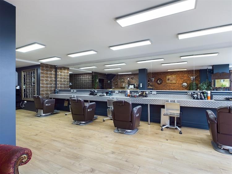 modern barbers shop blackpool - 4