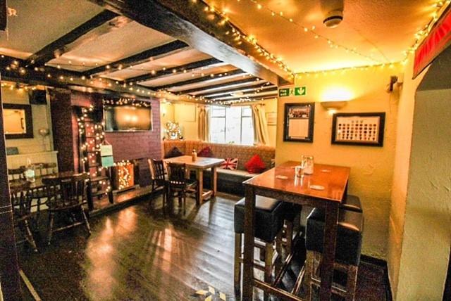 characteristic pub lutterworth - 5