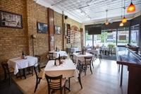 profitable restaurant amazing location - 1