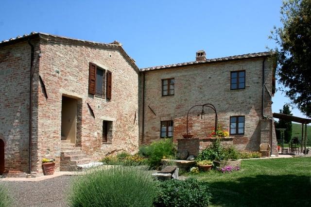 farm with vineyard montalcino - 4
