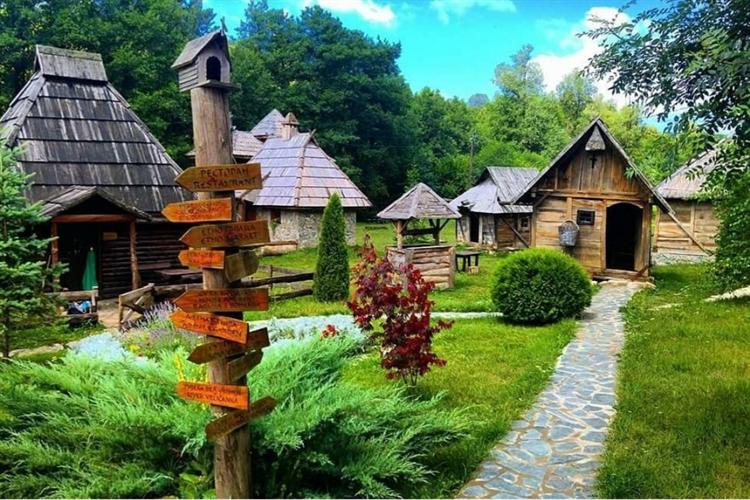 successful eastern european hotel - 9