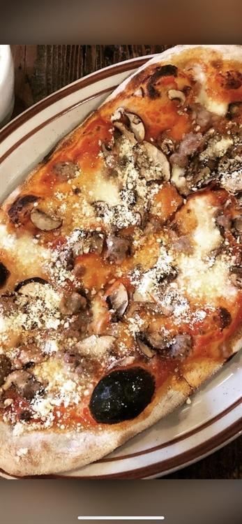 roman style pizzeria italian - 4