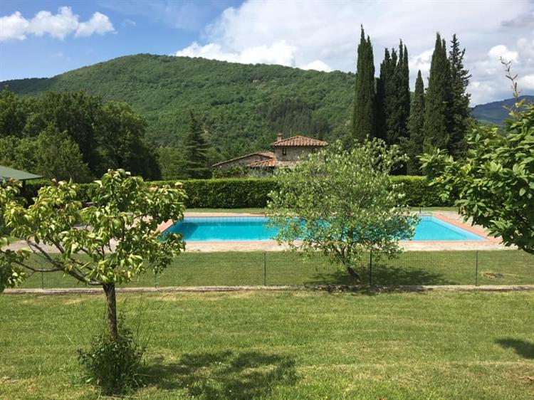 typical tuscan estate arezzo - 13
