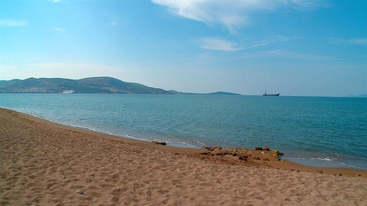 popular beachfront hotel izmir - 11