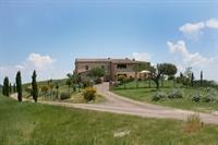 farm with vineyard montalcino - 1