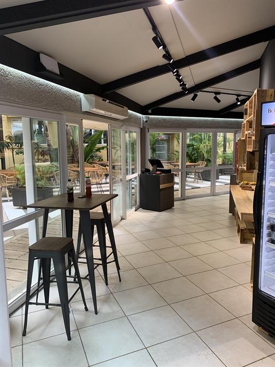 restaurant lounge bar grocery - 7