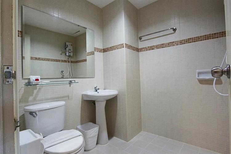 profitable 39 room hotel - 8