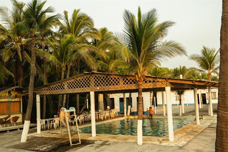 beachside hotel guatemala - 5