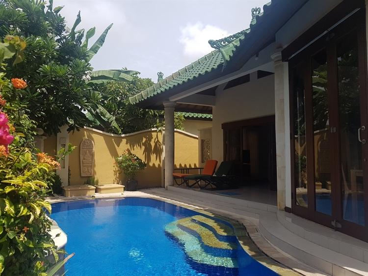 popular villa sanur - 6