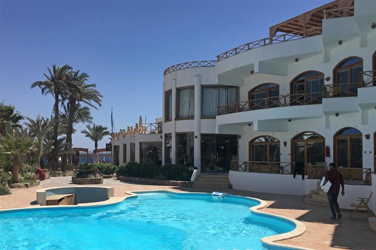 red sea beachside hotel - 15