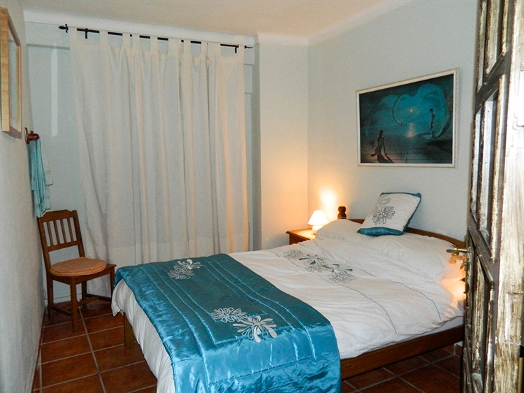 beautiful freehold guest house - 5