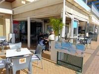 beach road cafe bar - 1