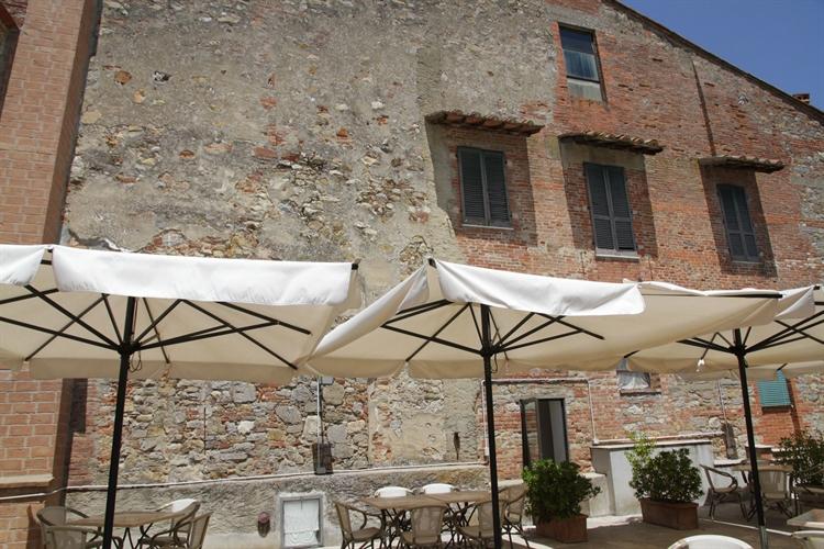 hotel with restaurant tuscany - 6