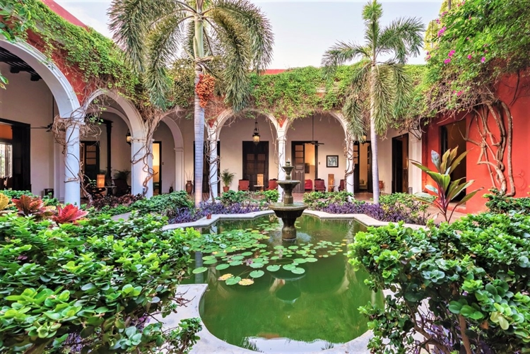 historic mansion stunning boutique - 6