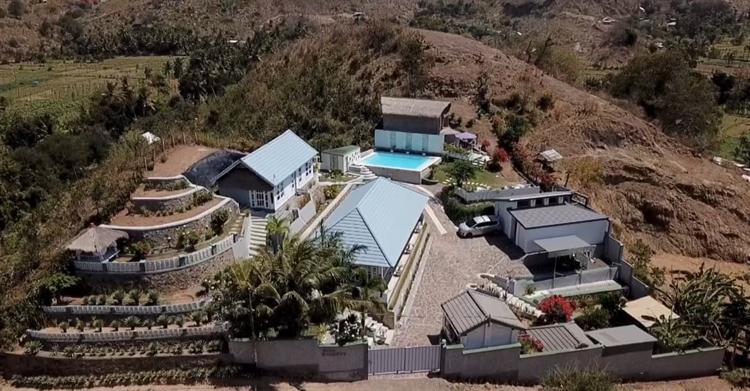luxury 5 villas close - 14