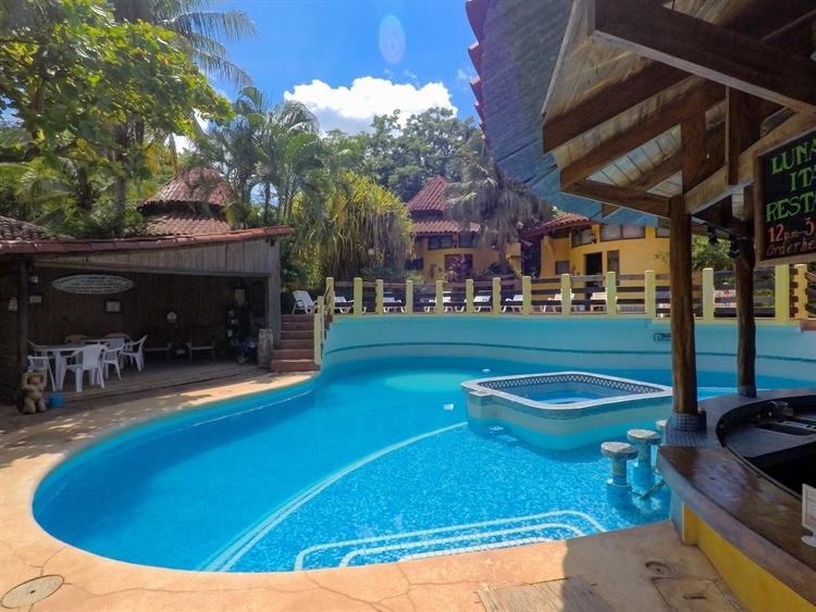 beach hotel solid roi - 4