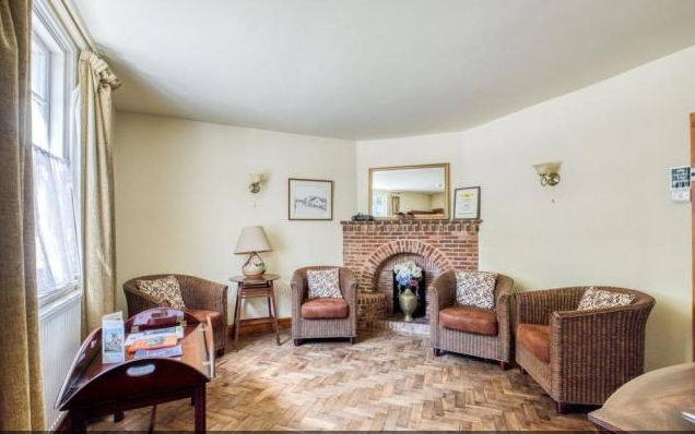 freehold guest house located - 6