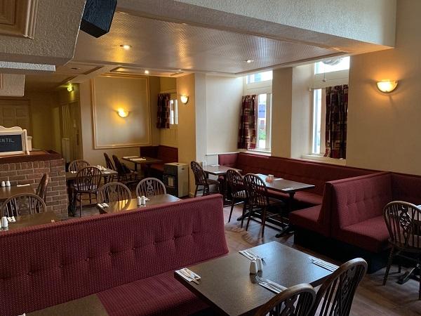 public bar separate restaurant - 8