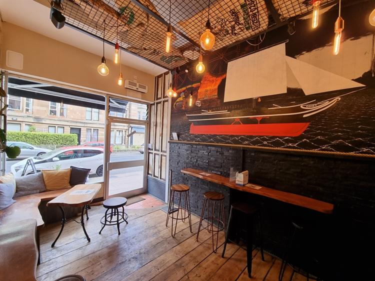 fantastic sandwich coffee shop - 4