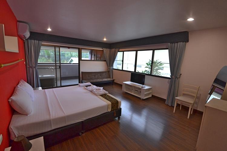 hotel facing surin beach - 5