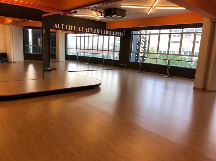 premium fitness center gym - 7
