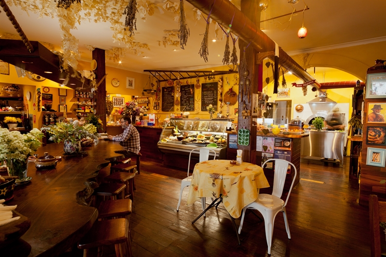 cafe wood-fire bakery communal - 4
