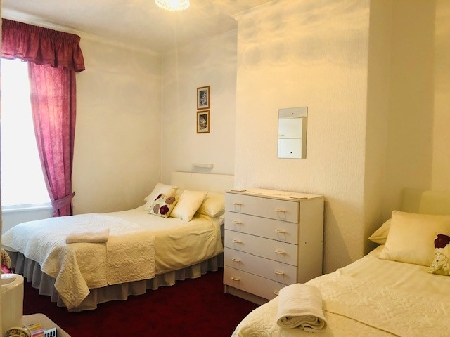 eight bedroom licensed hotel - 8