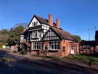 leasehold pub available polesworth - 1