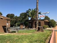 lachlan way motel lake - 2