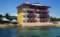 waterfront beach club resort - 2