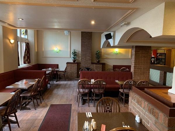 public bar separate restaurant - 6