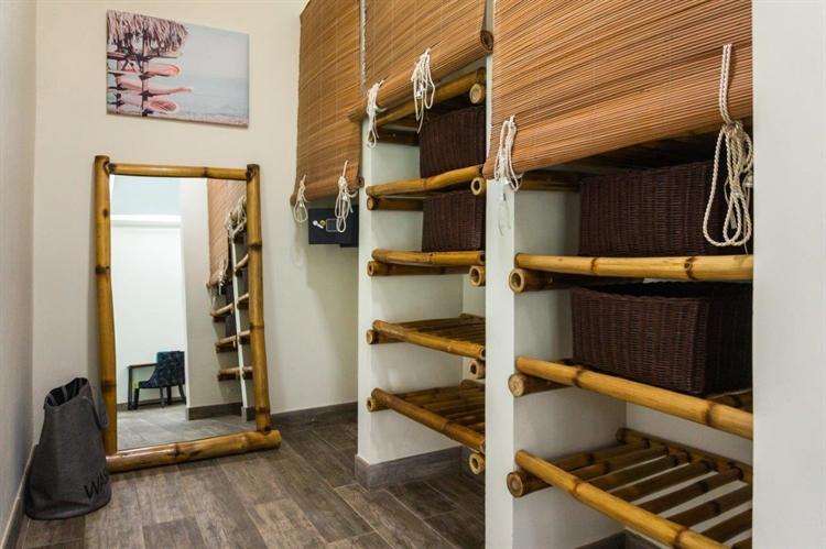 luxury airbnb villa el - 12