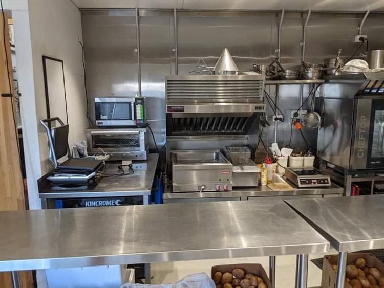 new kitchen café food - 12