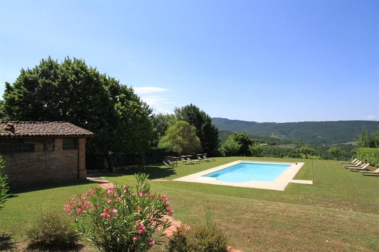 farm with vineyard montepulciano - 12