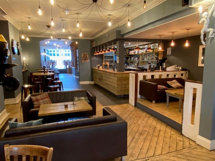 leasehold bar restaurant located - 5