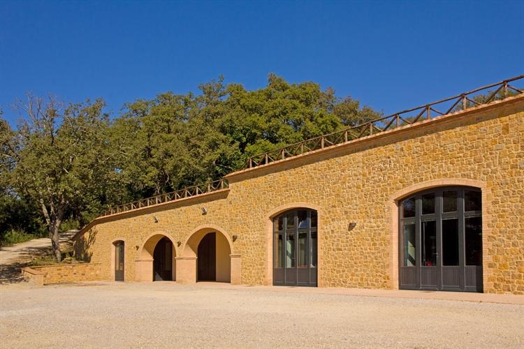farm with vineyard montepulciano - 9