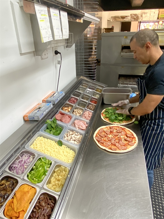 operating business partner pizza - 4