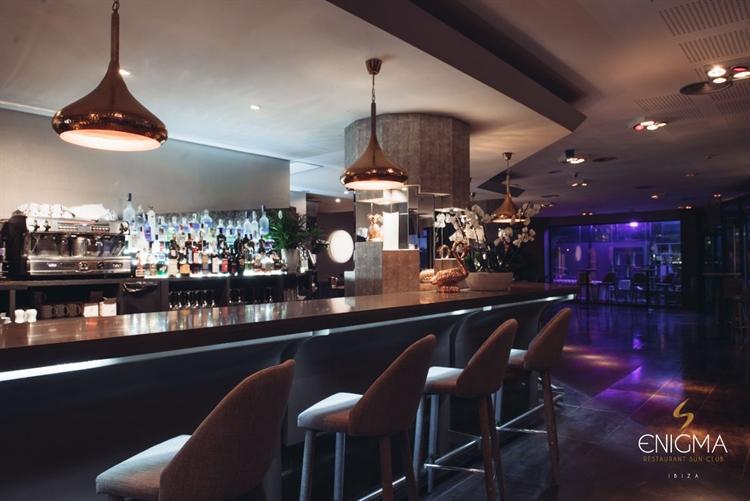 top beach club café - 9
