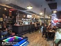 restaurant sports bar café - 1